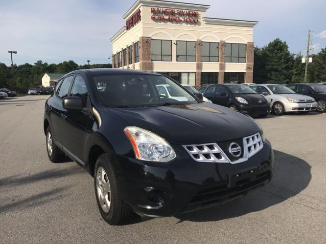 2013 Nissan Rogue S 2WD (JN8AS5MT7DW) with an 2.5L L4 DOHC 16V engine, Continuously Variable Transmission transmission, located at 4247 Buford Drive NE, Buford, GA, 30518, (678) 450-1000, 34.086857, -83.993004 - Photo #0