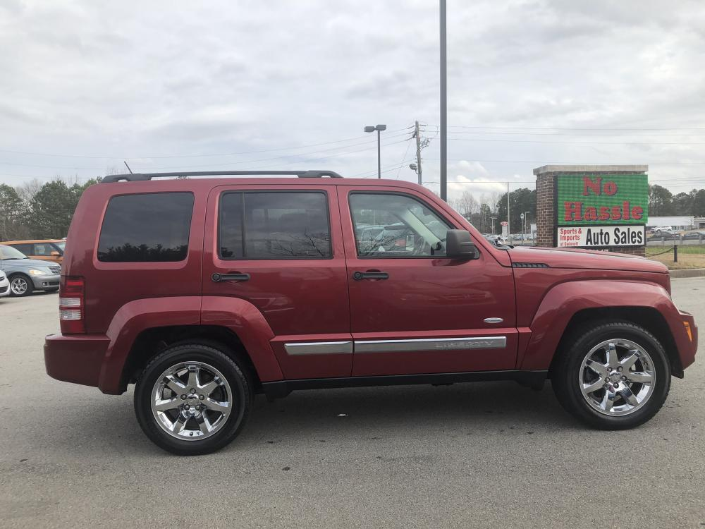 2012 Jeep Liberty Sport 4WD (1C4PJMAK9CW) with an 3.7L V6 SOHC 12V engine, 4-Speed Automatic transmission, located at 4247 Buford Drive NE, Buford, GA, 30518, (678) 450-1000, 34.086857, -83.993004 - Photo #4