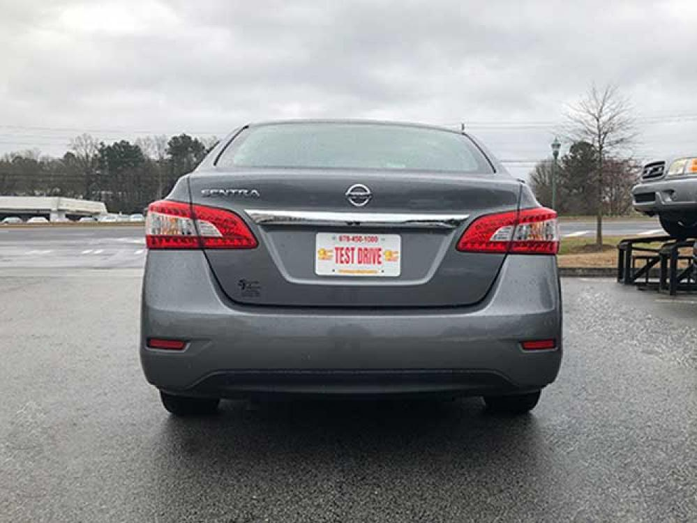 2015 Nissan Sentra S 6AT (3N1AB7AP9FY) with an 1.8L L4 SFI DOHC 16V engine, 6-Speed Automatic transmission, located at 4247 Buford Drive NE, Buford, GA, 30518, (678) 450-1000, 34.086857, -83.993004 - Photo #3