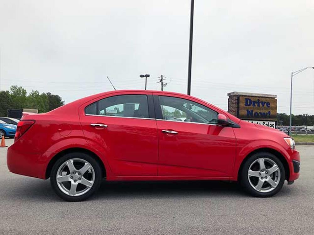 2015 Chevrolet Sonic LTZ Auto Sedan (1G1JE5SB8F4) with an 1.4L L4 DOHC 24V TURBO engine, 6-Speed Automatic transmission, located at 4247 Buford Drive NE, Buford, GA, 30518, (678) 450-1000, 34.086857, -83.993004 - Photo #4
