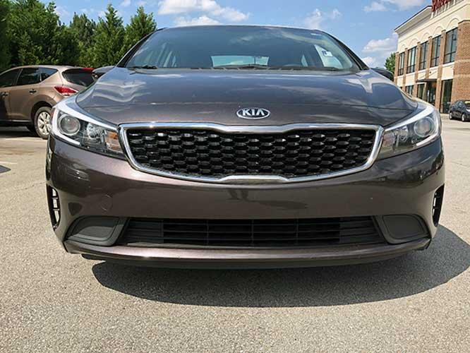 2017 Kia Forte LX 6A (3KPFL4A76HE) with an 2.0L L4 DOHC 16V engine, 6A transmission, located at 4247 Buford Drive NE, Buford, GA, 30518, (678) 450-1000, 34.086857, -83.993004 - Photo #1