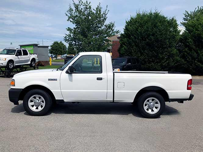 2010 Ford Ranger XL 2WD (1FTKR1AD9AP) with an 2.3L L4 SOHC 8V engine, located at 4247 Buford Drive NE, Buford, GA, 30518, (678) 450-1000, 34.086857, -83.993004 - Photo #2