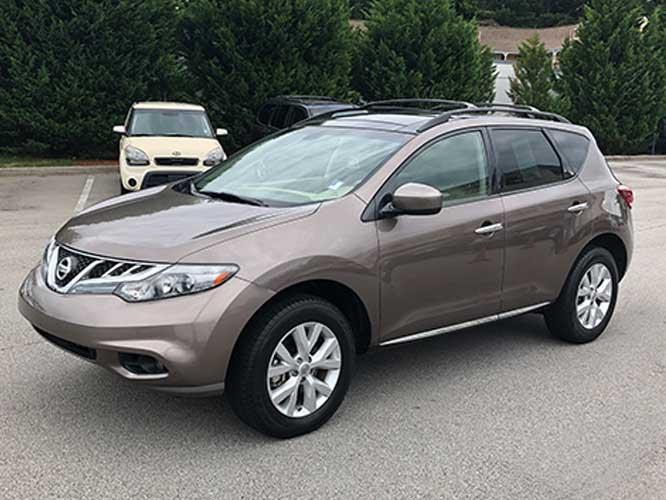 2011 Nissan Murano LE (JN8AZ1MU6BW) with an 3.5L V6 DOHC 24V engine, CVT transmission, located at 4247 Buford Drive NE, Buford, GA, 30518, (678) 450-1000, 34.086857, -83.993004 - Photo #2