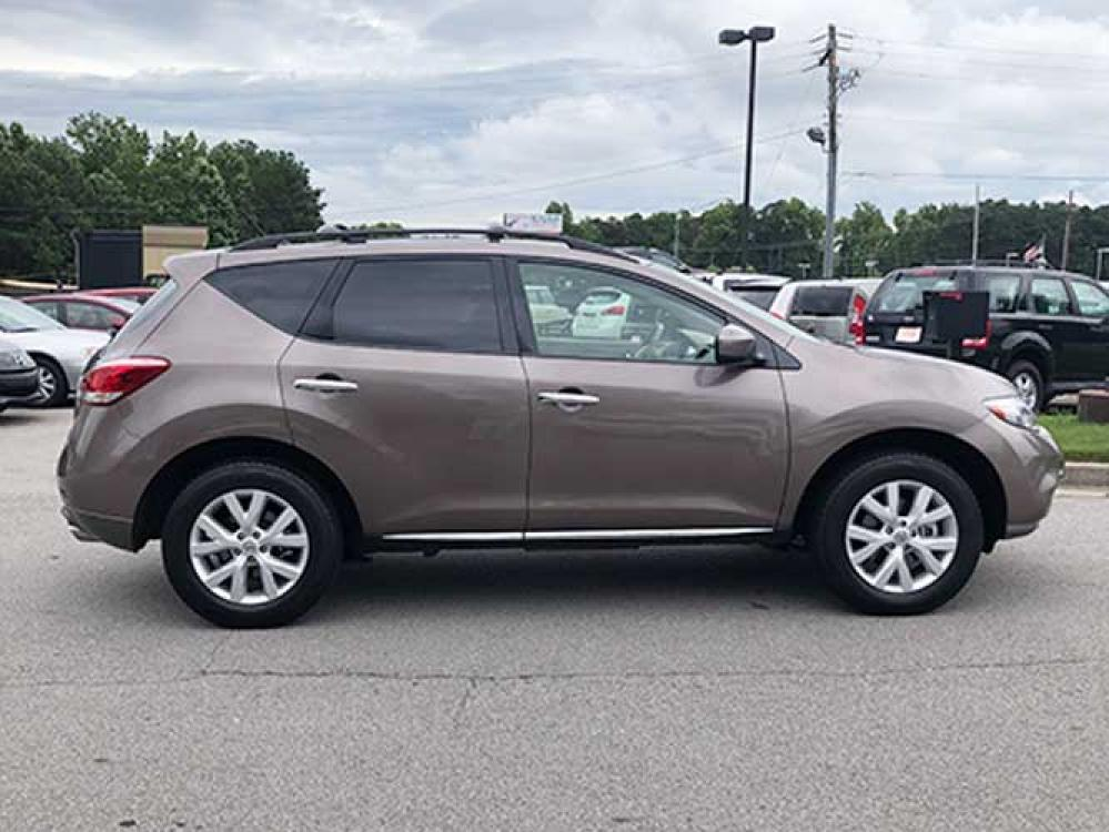 2011 Nissan Murano LE (JN8AZ1MU6BW) with an 3.5L V6 DOHC 24V engine, CVT transmission, located at 4247 Buford Drive NE, Buford, GA, 30518, (678) 450-1000, 34.086857, -83.993004 - Photo #7