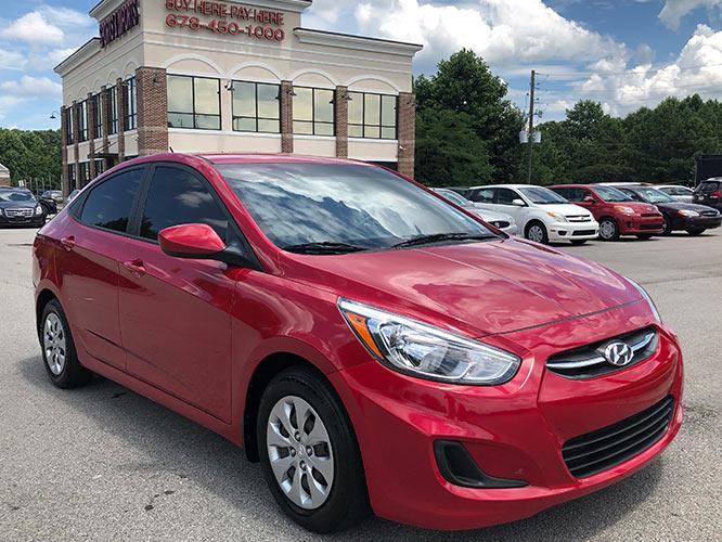 2016 Hyundai Accent SE 4-Door 6A (KMHCT4AE3GU) with an 1.6L L4 DOHC 16V engine, 6A transmission, located at 4247 Buford Drive NE, Buford, GA, 30518, (678) 450-1000, 34.086857, -83.993004 - Photo #0