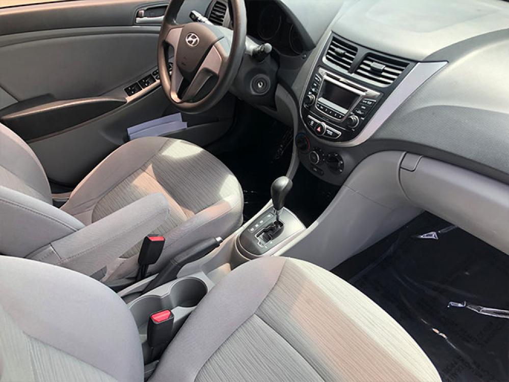 2016 Hyundai Accent SE 4-Door 6A (KMHCT4AE3GU) with an 1.6L L4 DOHC 16V engine, 6A transmission, located at 4247 Buford Drive NE, Buford, GA, 30518, (678) 450-1000, 34.086857, -83.993004 - Photo #10