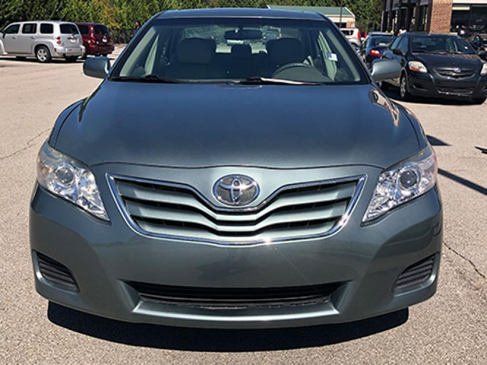 2011 Toyota Camry SE Sedan (4T1BF3EK2BU) with an 2.5L L4 DOHC 16V engine, 5-Speed Automatic transmission, located at 4247 Buford Drive NE, Buford, GA, 30518, (678) 450-1000, 34.086857, -83.993004 - Photo #1
