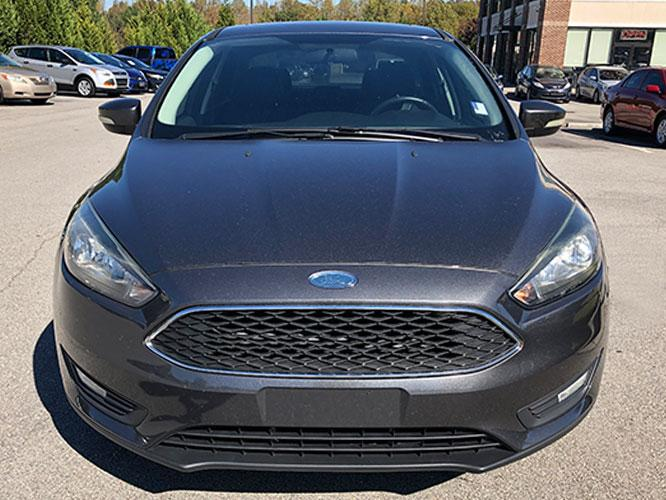 2015 Ford Focus SE Sedan (1FADP3F24FL) with an 2.0L L4 DOHC 16V engine, located at 4247 Buford Drive NE, Buford, GA, 30518, (678) 450-1000, 34.086857, -83.993004 - Photo #1