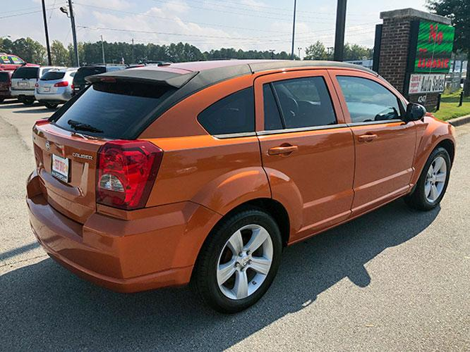 2011 Dodge Caliber Mainstreet (1B3CB3HA7BD) with an 2.0L L4 DOHC 16V engine, Continuously Variable Transmission transmission, located at 4247 Buford Drive NE, Buford, GA, 30518, (678) 450-1000, 34.086857, -83.993004 - Photo #7