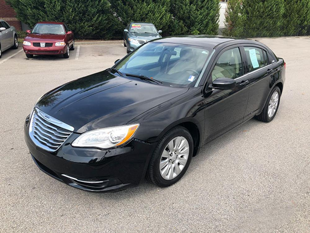 2014 Chrysler 200 LX (1C3CCBAB4EN) with an 2.4L L4 DOHC 16V engine, 6-Speed Automatic transmission, located at 4247 Buford Drive NE, Buford, GA, 30518, (678) 450-1000, 34.086857, -83.993004 - Photo #2