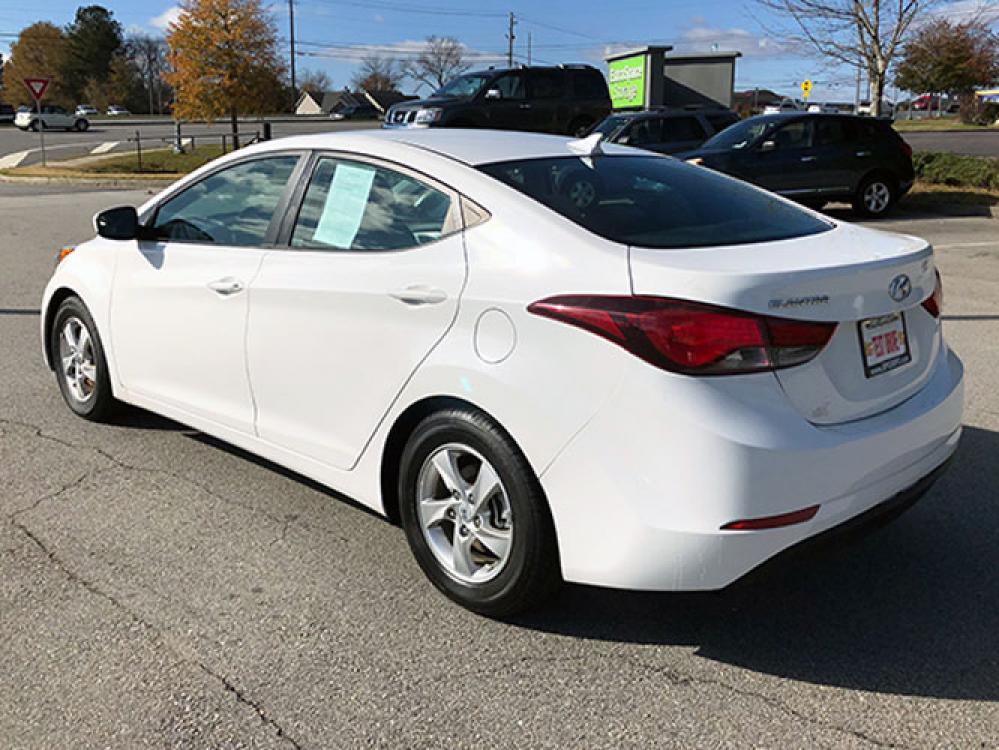 2015 Hyundai Elantra Limited (5NPDH4AE7FH) with an 1.8L L4 DOHC 16V engine, 6-Speed Automatic transmission, located at 4247 Buford Drive NE, Buford, GA, 30518, (678) 450-1000, 34.086857, -83.993004 - Photo #4
