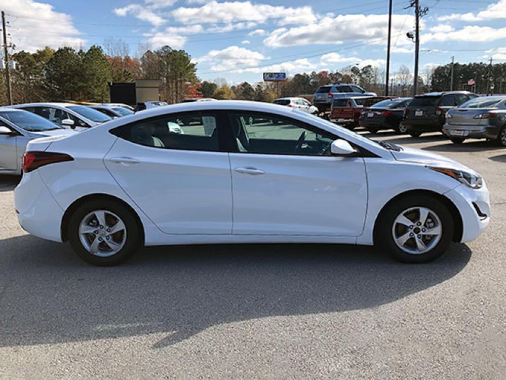 2015 Hyundai Elantra Limited (5NPDH4AE7FH) with an 1.8L L4 DOHC 16V engine, 6-Speed Automatic transmission, located at 4247 Buford Drive NE, Buford, GA, 30518, (678) 450-1000, 34.086857, -83.993004 - Photo #7