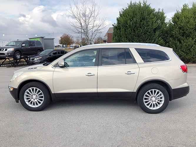 2012 Buick Enclave Leather AWD (5GAKVCED9CJ) with an 3.6L V6 DOHC 24V engine, 6-Speed Automatic Overdrive transmission, located at 4247 Buford Drive NE, Buford, GA, 30518, (678) 450-1000, 34.086857, -83.993004 - Photo #3