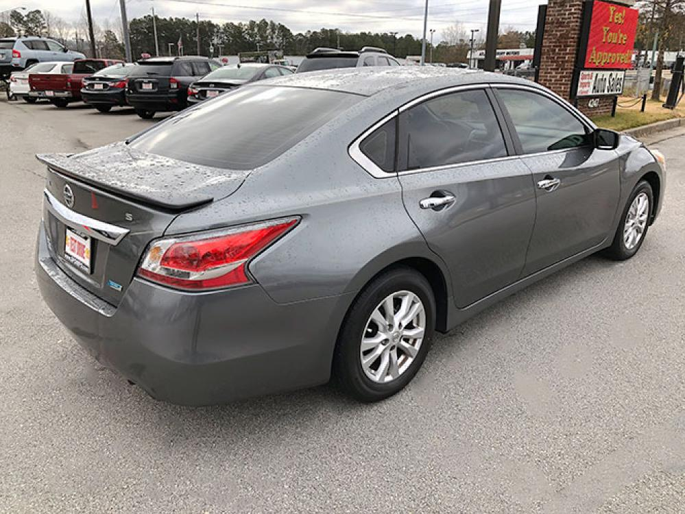 2014 Nissan Altima 2.5 SL (1N4AL3AP8EC) with an 2.5L L4 DOHC 16V engine, Continuously Variable Transmission transmission, located at 4247 Buford Drive NE, Buford, GA, 30518, (678) 450-1000, 34.086857, -83.993004 - Photo #6