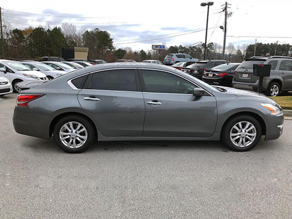 2014 Nissan Altima 2.5 SL (1N4AL3AP8EC) with an 2.5L L4 DOHC 16V engine, Continuously Variable Transmission transmission, located at 4247 Buford Drive NE, Buford, GA, 30518, (678) 450-1000, 34.086857, -83.993004 - Photo #7