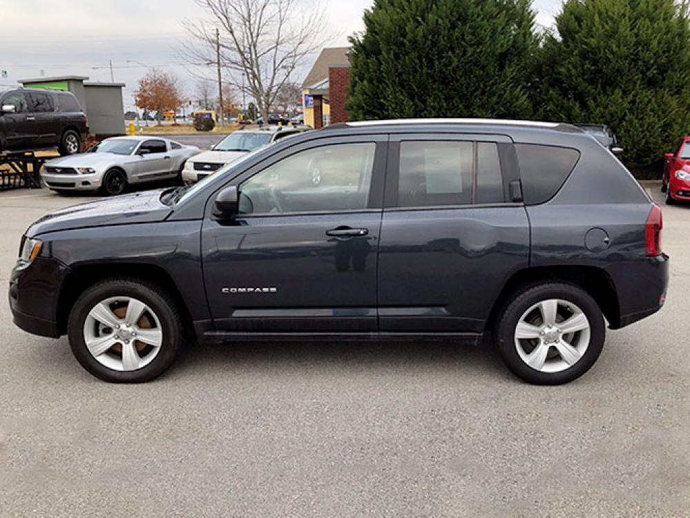 2014 Jeep Compass Sport FWD (1C4NJCBA4ED) with an 2.0L L4 DOHC 16V engine, located at 4247 Buford Drive NE, Buford, GA, 30518, (678) 450-1000, 34.086857, -83.993004 - Photo #3