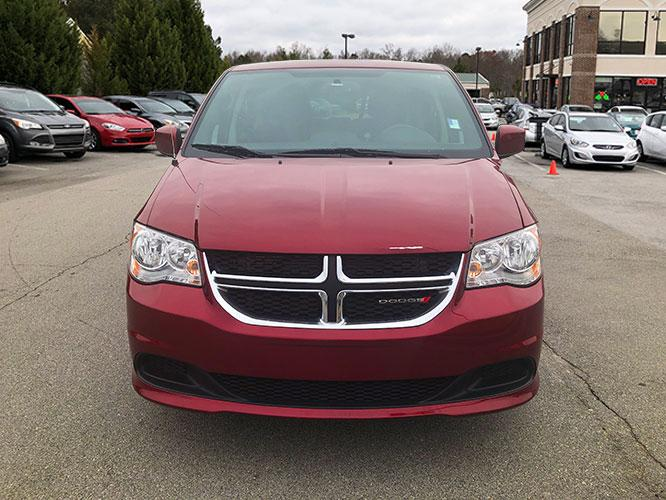 2016 Dodge Grand Caravan SE (2C4RDGBG9GR) with an 3.6L V6 DOHC 24V engine, 6A transmission, located at 4247 Buford Drive NE, Buford, GA, 30518, (678) 450-1000, 34.086857, -83.993004 - Photo #1