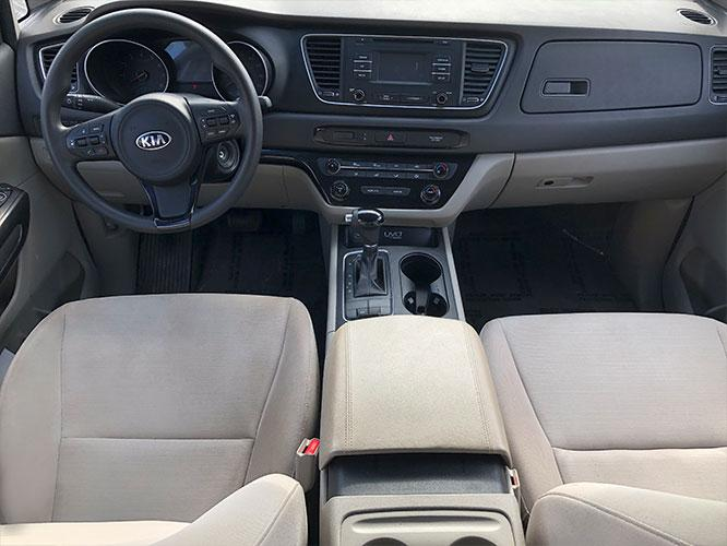2015 Kia Sedona LX (KNDMB5C13F6) with an 3.3L V6 DOHC 24V engine, 6-Speed Automatic transmission, located at 4247 Buford Drive NE, Buford, GA, 30518, (678) 450-1000, 34.086857, -83.993004 - Photo #13