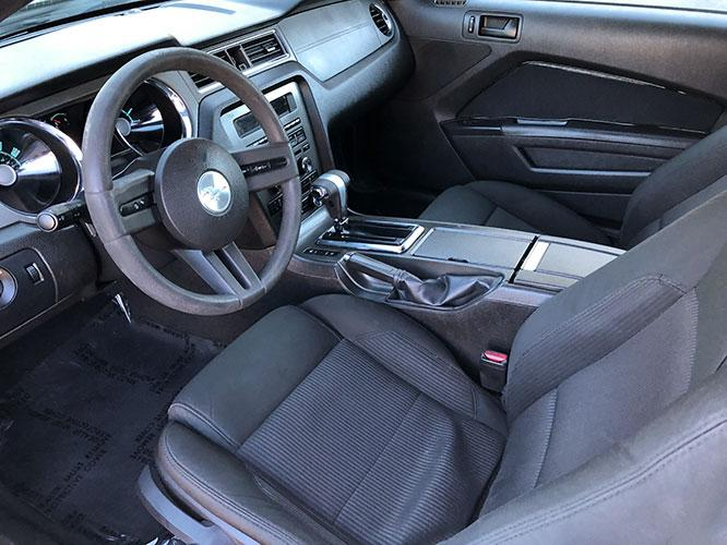 2010 Ford Mustang V6 Coupe (1ZVBP8ANXA5) with an 4.0L V6 OHC 12V engine, located at 4247 Buford Drive NE, Buford, GA, 30518, (678) 450-1000, 34.086857, -83.993004 - Photo #8