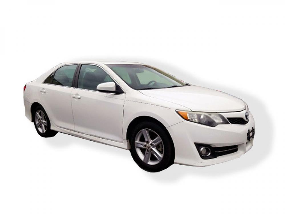 2012 Toyota Camry SE (4T1BF1FK5CU) with an 2.5L L4 DOHC 16V engine, 6-Speed Automatic transmission, located at 4247 Buford Drive NE, Buford, GA, 30518, (678) 450-1000, 34.086857, -83.993004 - Photo #0