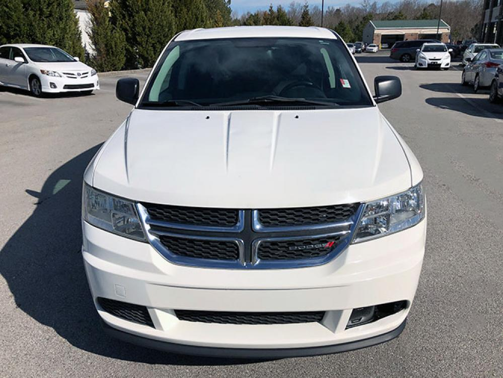 2013 Dodge Journey SE (3C4PDCAB0DT) with an 2.4L L4 DOHC 16V engine, 4-Speed Automatic transmission, located at 4247 Buford Drive NE, Buford, GA, 30518, (678) 450-1000, 34.086857, -83.993004 - Photo #1