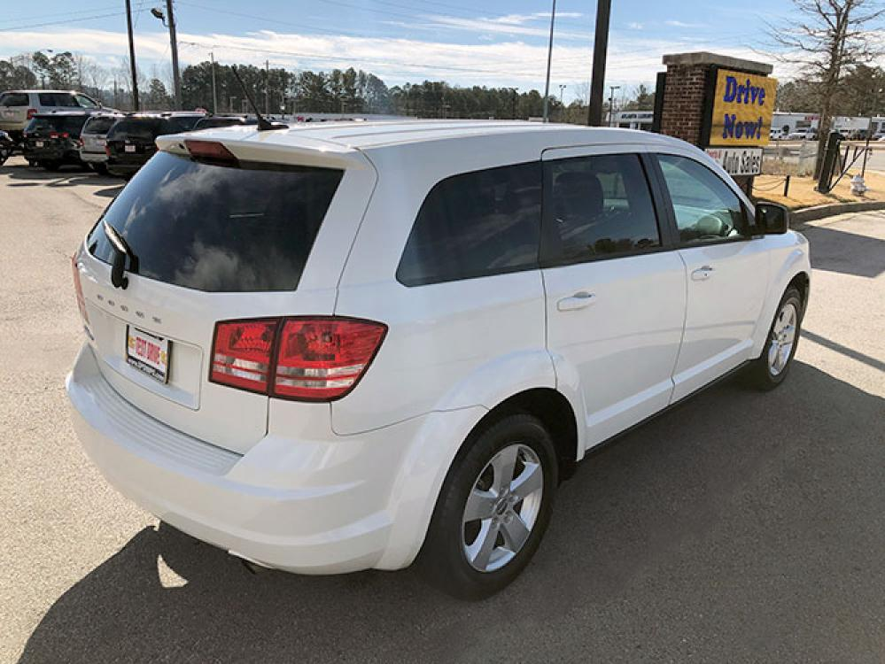 2013 Dodge Journey SE (3C4PDCAB0DT) with an 2.4L L4 DOHC 16V engine, 4-Speed Automatic transmission, located at 4247 Buford Drive NE, Buford, GA, 30518, (678) 450-1000, 34.086857, -83.993004 - Photo #7