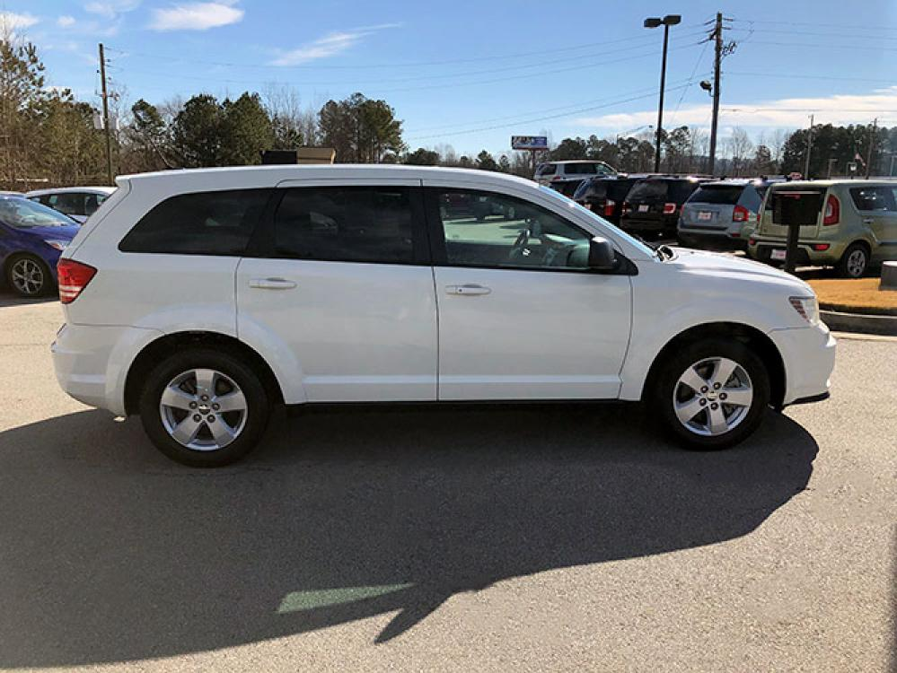2013 Dodge Journey SE (3C4PDCAB0DT) with an 2.4L L4 DOHC 16V engine, 4-Speed Automatic transmission, located at 4247 Buford Drive NE, Buford, GA, 30518, (678) 450-1000, 34.086857, -83.993004 - Photo #8