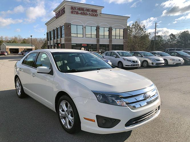 2012 Ford Fusion SE (3FAHP0HA5CR) with an 2.5L L4 DOHC 16V engine, located at 4247 Buford Drive NE, Buford, GA, 30518, (678) 450-1000, 34.086857, -83.993004 - Photo #0