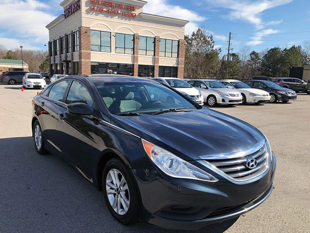 2014 Hyundai Sonata GLS (5NPEB4AC7EH) with an 2.4L L4 DOHC 16V engine, 6-Speed Automatic transmission, located at 4247 Buford Drive NE, Buford, GA, 30518, (678) 450-1000, 34.086857, -83.993004 - Photo #0