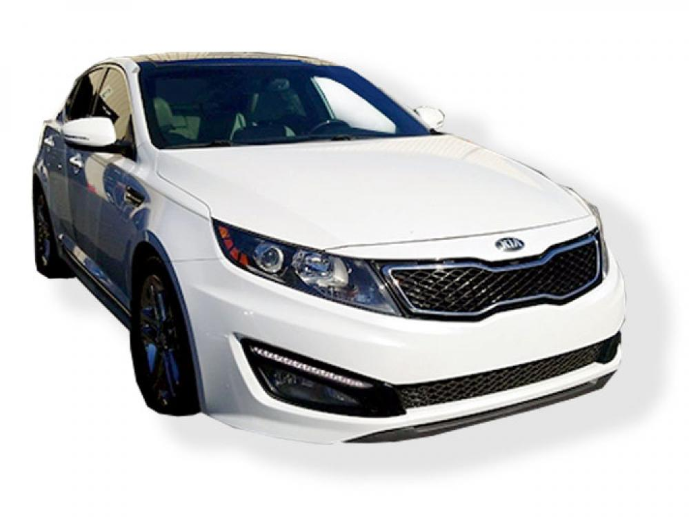 2013 Kia Optima SX (5XXGR4A60DG) with an 2.0L L4 DOHC 16V TURBO engine, 6-Speed Automatic transmission, located at 4247 Buford Drive NE, Buford, GA, 30518, (678) 450-1000, 34.086857, -83.993004 - Photo #0