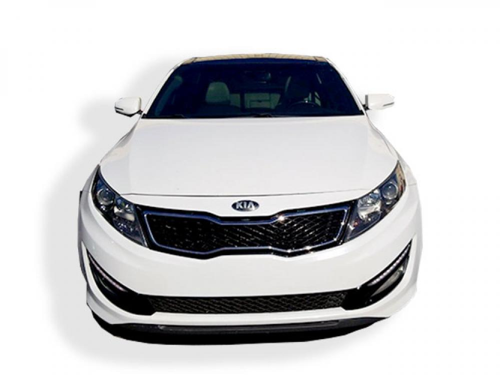 2013 Kia Optima SX (5XXGR4A60DG) with an 2.0L L4 DOHC 16V TURBO engine, 6-Speed Automatic transmission, located at 4247 Buford Drive NE, Buford, GA, 30518, (678) 450-1000, 34.086857, -83.993004 - Photo #1