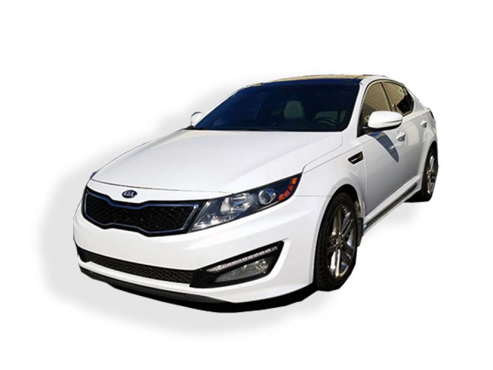 2013 Kia Optima SX (5XXGR4A60DG) with an 2.0L L4 DOHC 16V TURBO engine, 6-Speed Automatic transmission, located at 4247 Buford Drive NE, Buford, GA, 30518, (678) 450-1000, 34.086857, -83.993004 - Photo #2