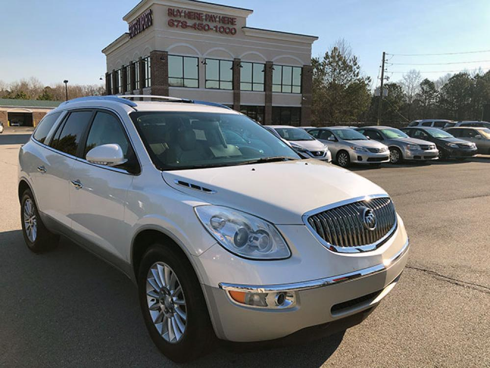 2012 Buick Enclave Leather FWD (5GAKRCED1CJ) with an 3.6L V6 DOHC 24V engine, 6-Speed Automatic Overdrive transmission, located at 4247 Buford Drive NE, Buford, GA, 30518, (678) 450-1000, 34.086857, -83.993004 - Photo #0
