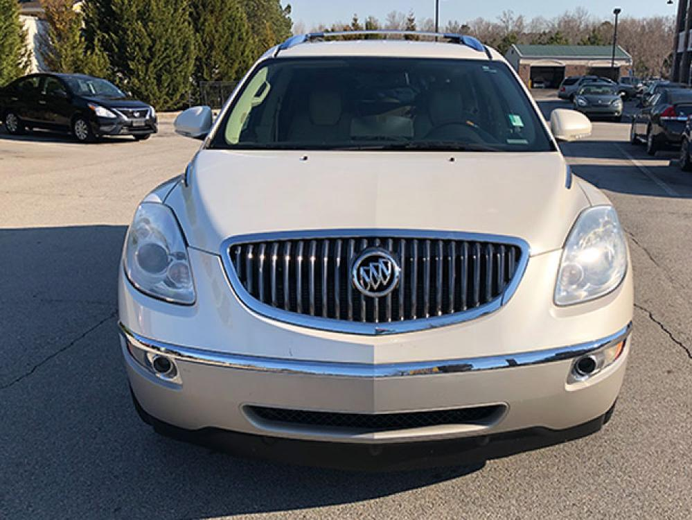 2012 Buick Enclave Leather FWD (5GAKRCED1CJ) with an 3.6L V6 DOHC 24V engine, 6-Speed Automatic Overdrive transmission, located at 4247 Buford Drive NE, Buford, GA, 30518, (678) 450-1000, 34.086857, -83.993004 - Photo #1
