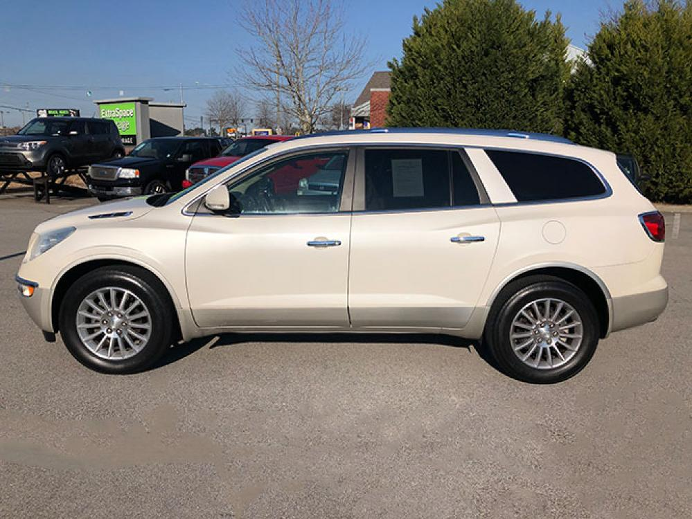 2012 Buick Enclave Leather FWD (5GAKRCED1CJ) with an 3.6L V6 DOHC 24V engine, 6-Speed Automatic Overdrive transmission, located at 4247 Buford Drive NE, Buford, GA, 30518, (678) 450-1000, 34.086857, -83.993004 - Photo #3