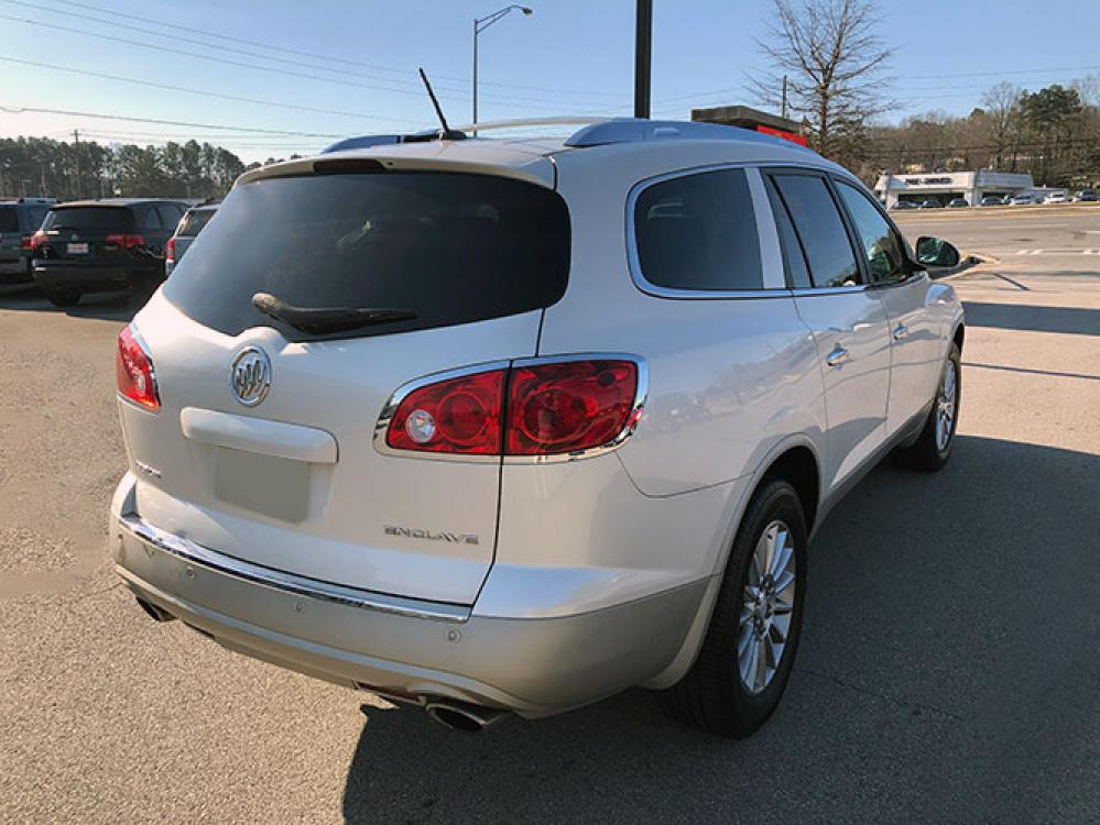 2012 Buick Enclave Leather FWD (5GAKRCED1CJ) with an 3.6L V6 DOHC 24V engine, 6-Speed Automatic Overdrive transmission, located at 4247 Buford Drive NE, Buford, GA, 30518, (678) 450-1000, 34.086857, -83.993004 - Photo #6