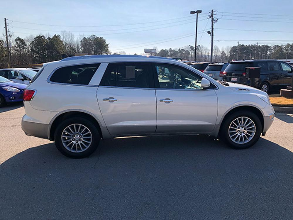 2012 Buick Enclave Leather FWD (5GAKRCED1CJ) with an 3.6L V6 DOHC 24V engine, 6-Speed Automatic Overdrive transmission, located at 4247 Buford Drive NE, Buford, GA, 30518, (678) 450-1000, 34.086857, -83.993004 - Photo #7