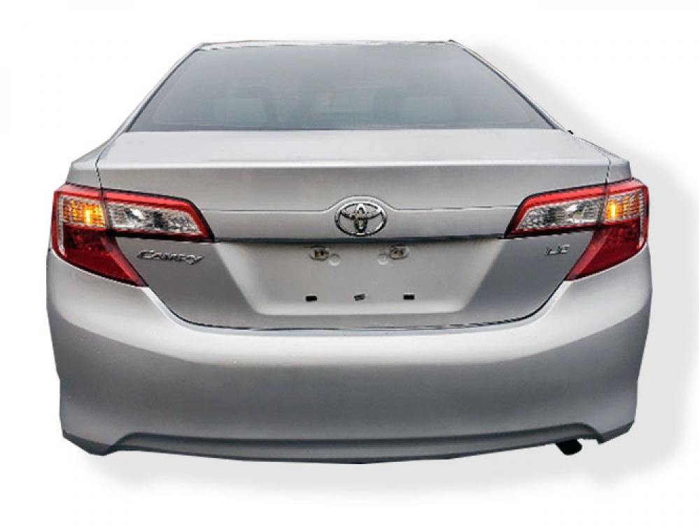 2013 Toyota Camry SE (4T1BF1FK9DU) with an 2.5L L4 DOHC 16V engine, 6-Speed Automatic transmission, located at 4247 Buford Drive NE, Buford, GA, 30518, (678) 450-1000, 34.086857, -83.993004 - Photo #4