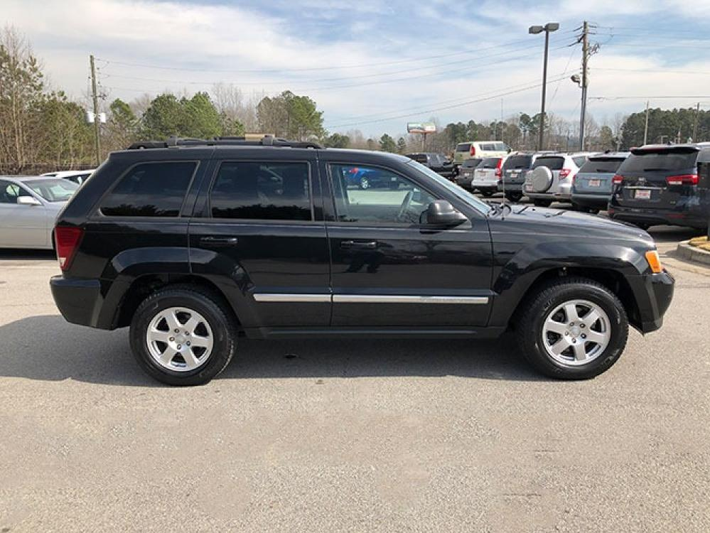 2010 Jeep Grand Cherokee Laredo 4WD (1J4PR4GK1AC) with an 3.7L V6 SOHC 12V engine, 5-Speed Automatic transmission, located at 4247 Buford Drive NE, Buford, GA, 30518, (678) 450-1000, 34.086857, -83.993004 - Photo #8