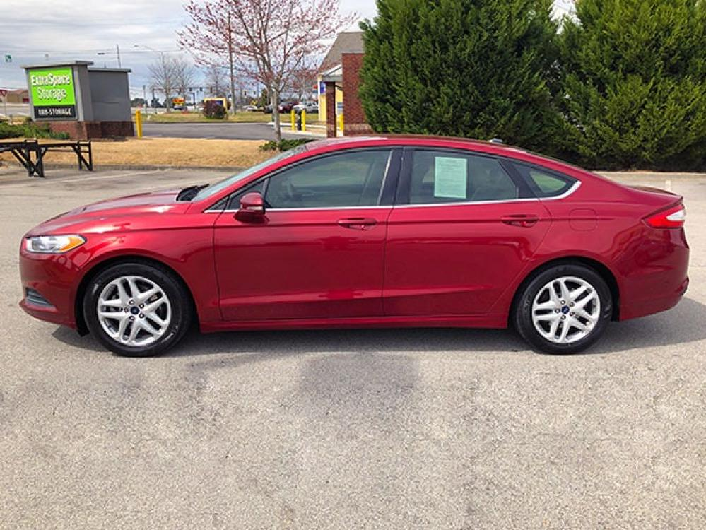 2016 Ford Fusion SE (1FA6P0H78G5) with an 2.5L L4 DOHC 16V engine, 6-Speed Automatic transmission, located at 4247 Buford Drive NE, Buford, GA, 30518, (678) 450-1000, 34.086857, -83.993004 - Photo #3