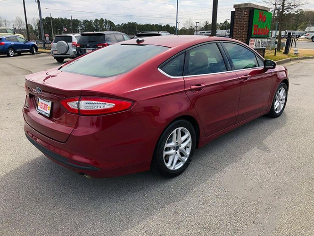 2016 Ford Fusion SE (1FA6P0H78G5) with an 2.5L L4 DOHC 16V engine, 6-Speed Automatic transmission, located at 4247 Buford Drive NE, Buford, GA, 30518, (678) 450-1000, 34.086857, -83.993004 - Photo #6