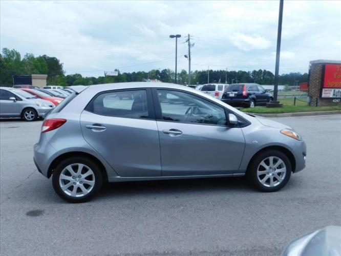 2011 Mazda MAZDA2 Sport (JM1DE1HY3B0) with an 1.5L L4 DOHC 16V engine, located at 4247 Buford Drive NE, Buford, GA, 30518, (678) 450-1000, 34.086857, -83.993004 - Photo #7