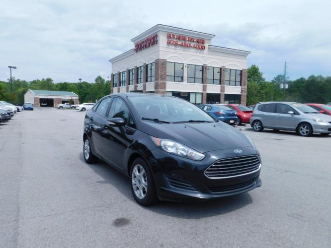 2014 Ford Fiesta SE Sedan (3FADP4BJ5EM) with an 1.6L L4 DOHC 16V engine, located at 4247 Buford Drive NE, Buford, GA, 30518, (678) 450-1000, 34.086857, -83.993004 - Photo #0