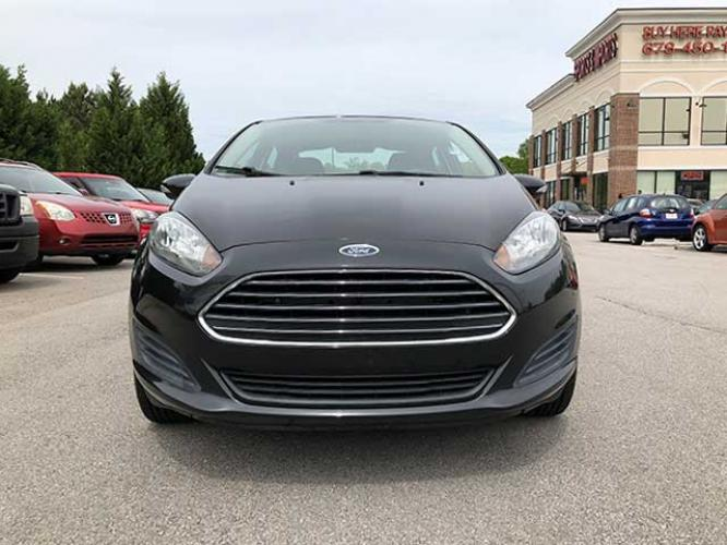 2014 Ford Fiesta SE Sedan (3FADP4BJ5EM) with an 1.6L L4 DOHC 16V engine, located at 4247 Buford Drive NE, Buford, GA, 30518, (678) 450-1000, 34.086857, -83.993004 - Photo #1